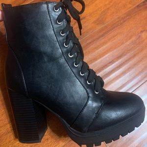 Soda heeled lace up faux leather boots